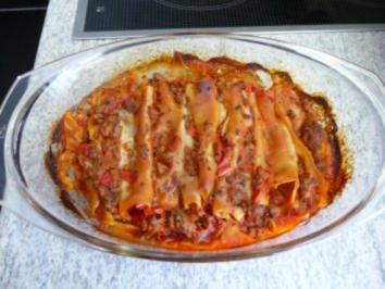 cannelloni gefüllt mit hackfleisch