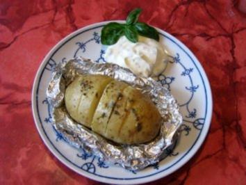 Super-Kräuter-Folienkartoffeln - Rezept