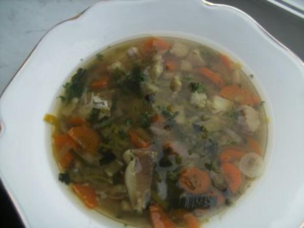 Fischsuppe  auch als Vorsuppe gut, - Rezept
