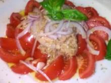 Tomatensalat mit Tuhnfisch - Rezept
