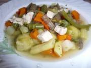 Suppe: Hühnersuppe mit frischem Gartengemüse - Rezept