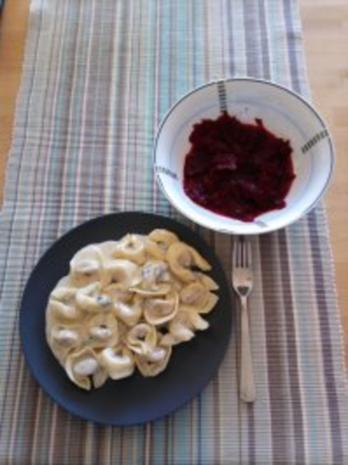 Tortellini mit Gorgonzolasauce - Rezept - Bild Nr. 3