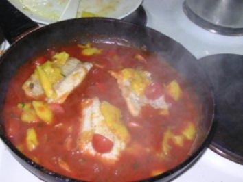 Fischfilet in Tomaten-Mango-Sauce - Rezept