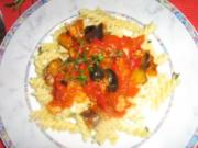 Mediteranes Gemüse mit Schrimps auf Fusilli - Rezept