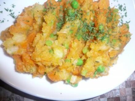Herzhafter Gemüse-Kartoffel-Stampf - Rezept
