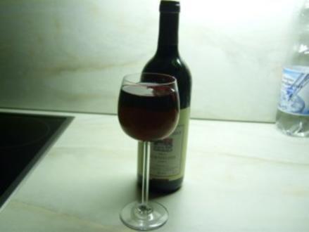 Kirschkonfitüre mit Rotwein - Rezept