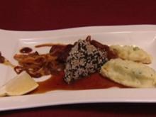 Wasabi-Kartoffelpüree mit Thunfisch in Sesamkruste und Gemüsechips (Janina Uhse) - Rezept