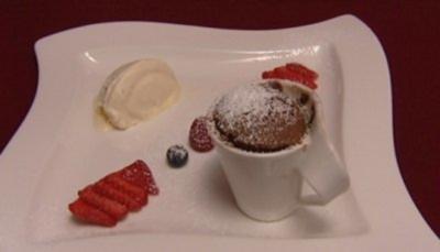 Vanilleparfait mit Schokoladensoufflee (Janina Uhse) - Rezept