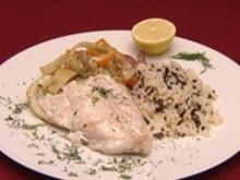 Fischfilet auf Gemüse in leichter Kräuter-Sahnesoße, dazu Reis (Raphael Schneider) - Rezept