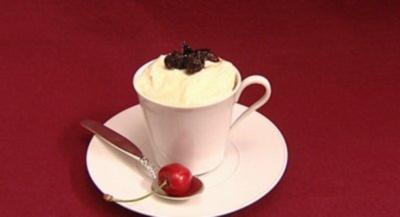 Tiramisu mit getrockneten Kirschen und Sherry (Raphael Schneider) - Rezept