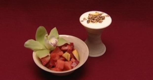 Obstsalat mit Joghurt und Müsli (Sarah Tkotsch) - Rezept