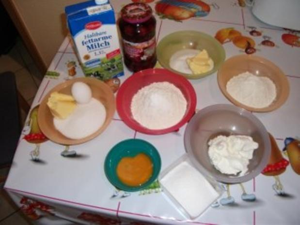 Kleiner Kirsch - Käsekuchen - für das Backblech 26 x 16 cm - Rezept