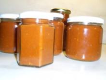 Tomaten-Gewürz-Ketchup mal anders mit Bild - Rezept