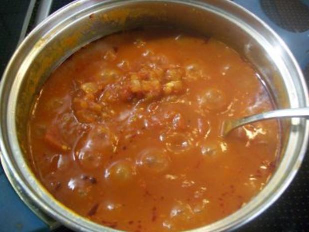 Schweinelende in Bergkäse-Ei-Hülle zu pikant-fruchtiger Tomatensauce auf Pasta - Rezept - Bild Nr. 4