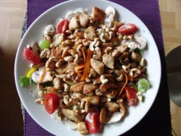 Salat mit gebratenen Putenstreifen - Rezept - Bild Nr. 6