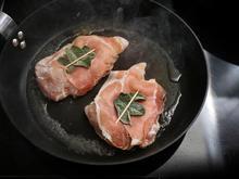 Kabeljau-Saltimbocca mit Schnittlauchkartoffeln auf  Weißweinschaum - Rezept - Bild Nr. 5