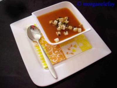 Tomatensuppe mit Thymian - Rezept