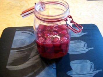 Himbeer - Weinessig selbstgemacht für meine Frau - Rezept