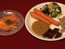 "Entenbrust ""Tropicana"" mit Vollwertklößen und Möhrchen an Salat (Ilse Storb) - Rezept"