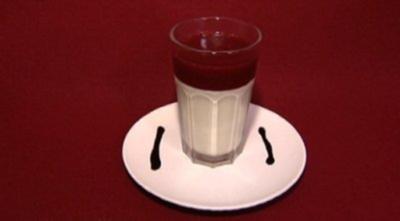 Weiße Schokoladen–Quarkmousse mit Waldbeeren (Holger Speckhahn) - Rezept