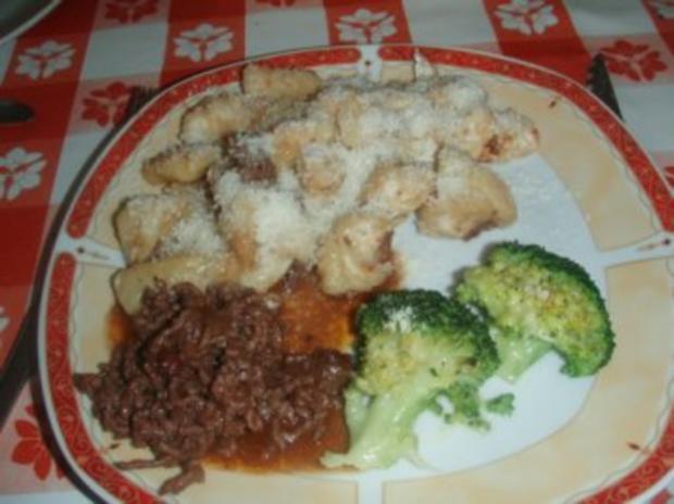 Kürbis - Gnocci mit Rindsgeschnetzeltem und Broccoli - Rezept