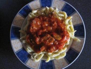 Paprika-/ Tomatengulasch - Rezept