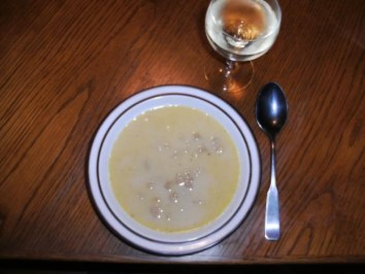 pilze krause glucke suppe rezept mit bild. Black Bedroom Furniture Sets. Home Design Ideas