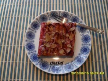 Zwetschgenkuchen vom Blech - Rezept