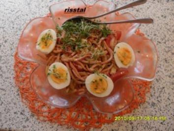 Salat  mit Wurst und Eiern - Rezept