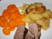 Knusprige Entenbrust mit Knoblauch-Bratkartoffeln und Orangenmöhren - Rezept