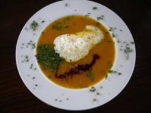 Kürbissuppe dazu Kürbisbrot - Rezept