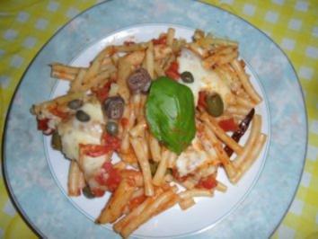 Maccheroni al Gusto in Tomaten-Sauce - Rezept