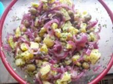 Kartoffelsalat mit Kapern und Oliven - Rezept