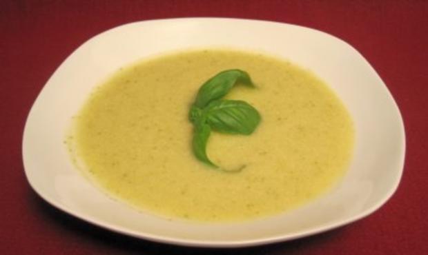 Zucchinicremesuppe - Rezept