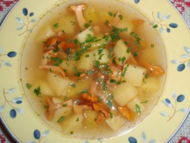 Erdäpfelsuppe mit Eierschwammerl - Rezept - Bild Nr. 5