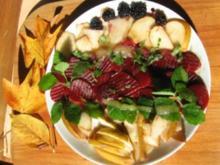 kulinarischer Erntedankauflauf mit delikatem Herbstsalat - Rezept