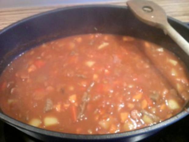 """Suppe"" Gulaschsuppe Nr.2 - Rezept"