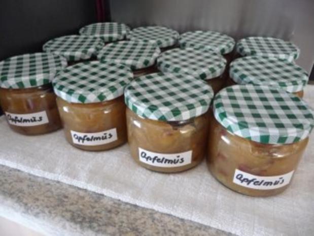 Marmelade : Apfelmus mit Rosinen - Rezept
