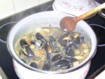 Muscheln (fast nach rheinischer Art ) - Rezept