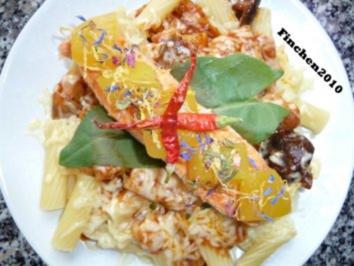 Pasta an Pilzsauce mit Manchego und Limettenlachs - Rezept