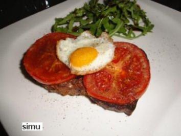 Tomaten-Bruschetta mit Stierenaugen - Rezept