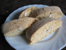 Biscotti con mandorle - Rezept