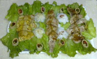 Trilogie aus Schweinefilet auf Salatbett an Reiskugeln - Rezept