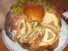Nuss-Marzipan-Kranz - Rosa - Rezept