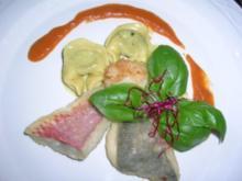 gefüllte Tortellini in Rucolapesto,mit gebr. Rotbarbe,Jakobsmuschel und Petersfisch - Rezept