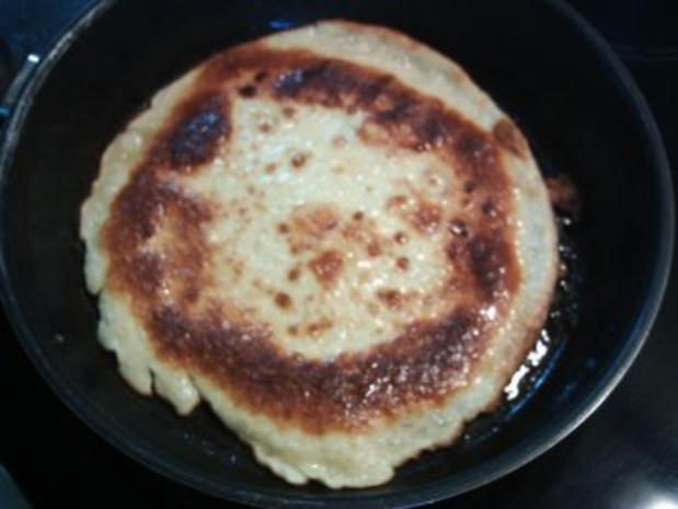 Suppeneinlagen:Frittaten / Pfannkuchen / Omelette / Palatschinken - Rezept - Bild Nr. 4
