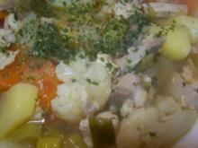 Eintopf - Gemüsesuppe mit Huhn - Rezept