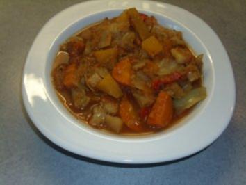 Suppen: Kohl-Gemüsesuppe - Rezept