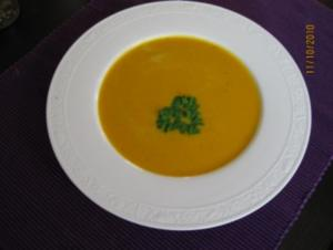 Fruchtige Kürbissuppe - Rezept