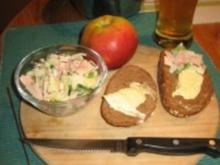 herbstlich pikanter Wurst-Käse Salat - Rezept